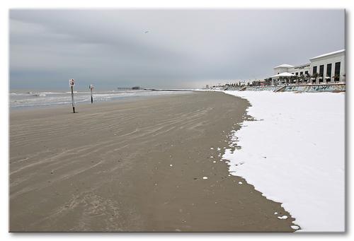 Snow_on_the_beach